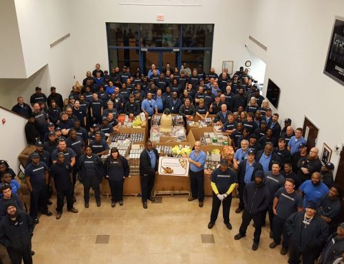 HOSHIZAKI Delivers Large Donation to Local Food Pantry